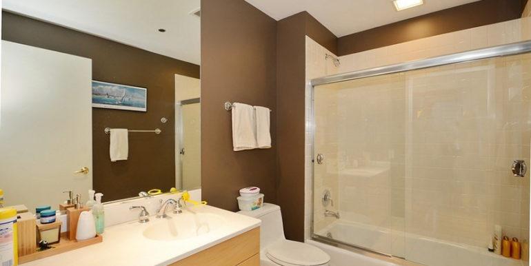 24_415ENorthWater_1406_8_Bathroom_LowRes